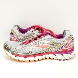 Brooks Womens Defyance 9 Size 9.5 Athletic trainin